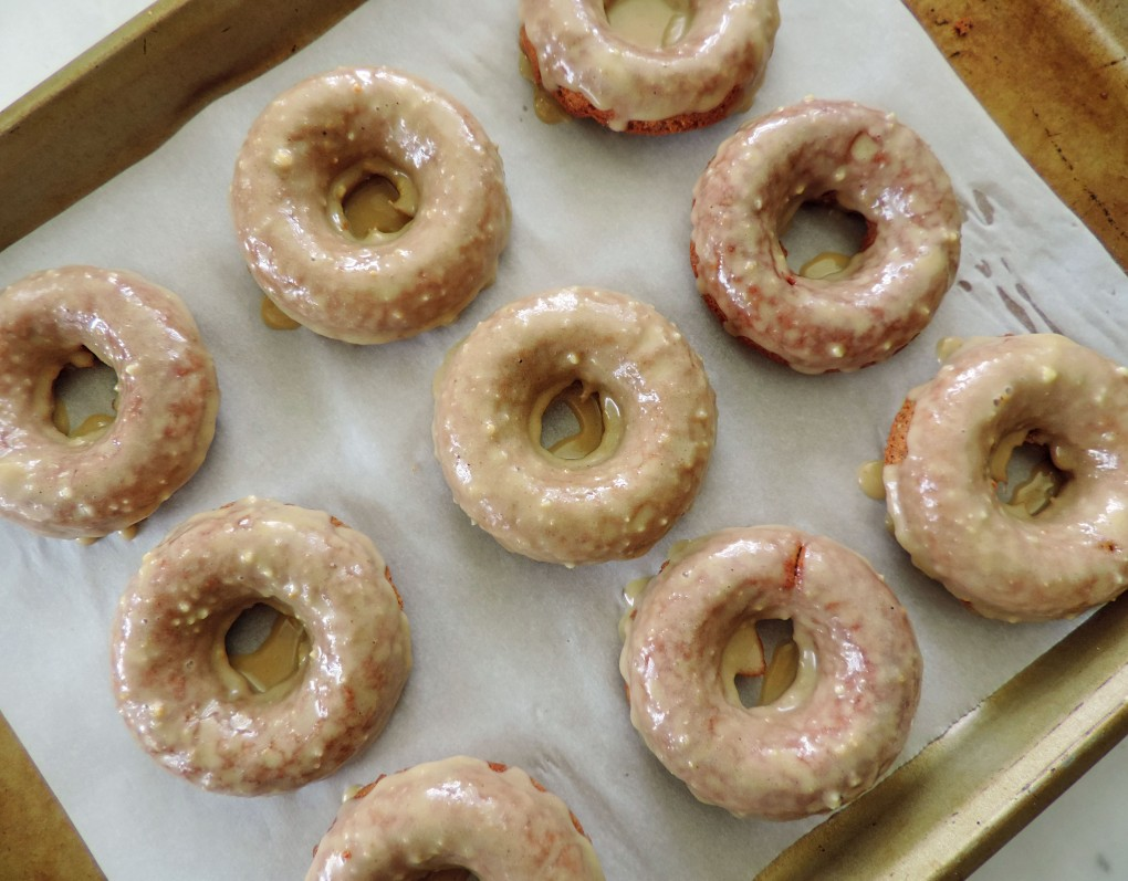 healthy maple glazed donuts